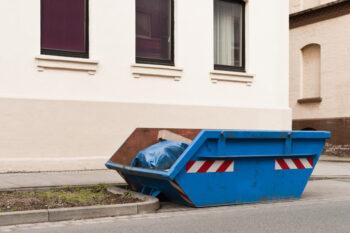 Kontener na odpady budowlane - jak dobrać jego pojemność?