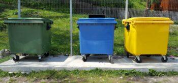 Kolory pojemników na śmieci i ich znaczenie - wskazówki dla mieszkańców Krakowa